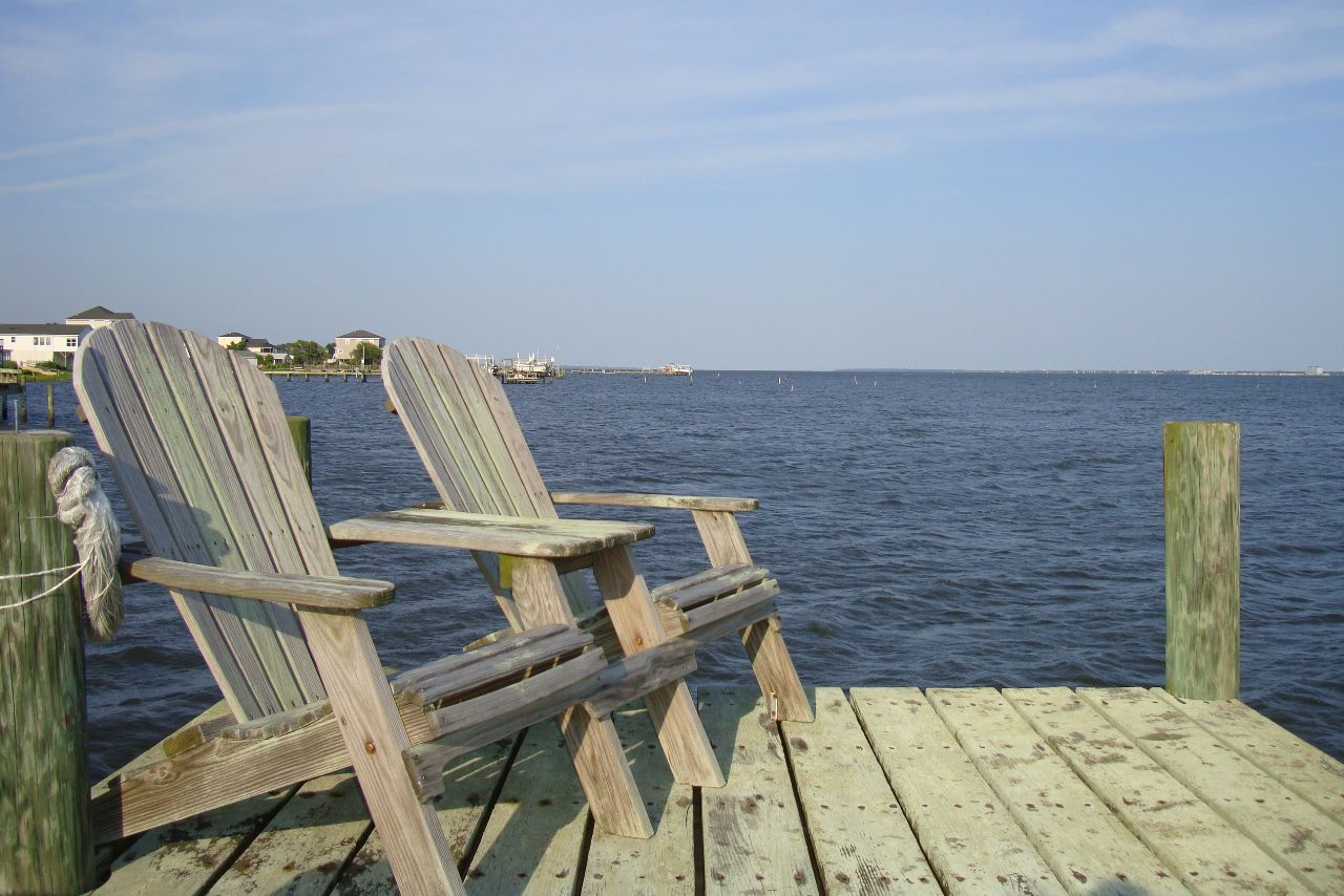 scenic dock on the Bogue Sound