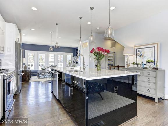 gourmet kitchen in merry go round farm home.